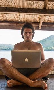 El nómada digital en el negocio de las subastas judiciales