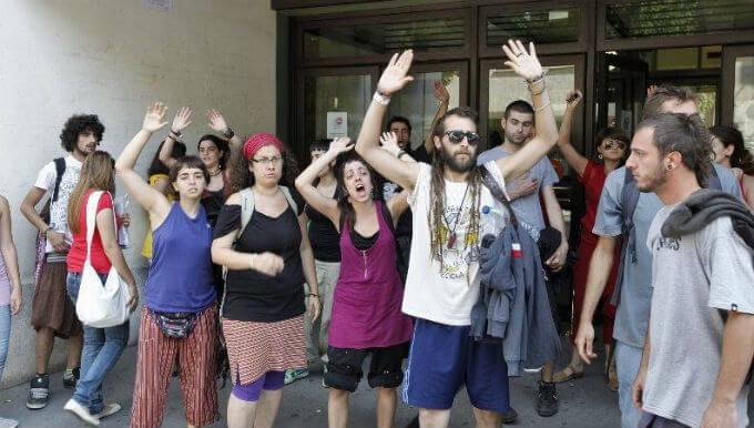Manifestación de okupas en favor de la okupación