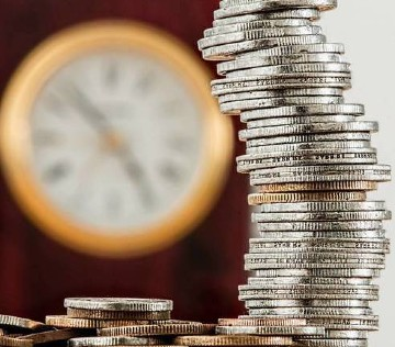 Estrategia para el pago a pagos en las subastas